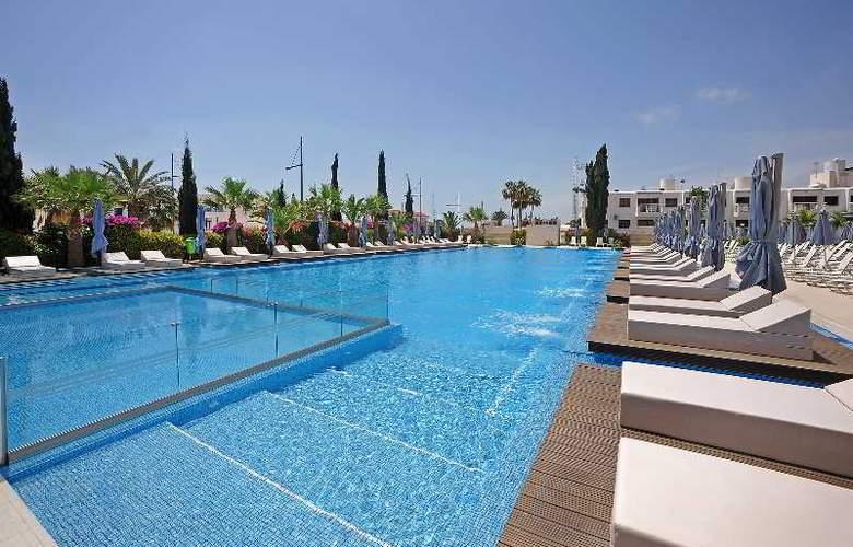 Nestor Hotel - Pool - 20