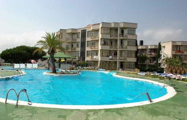 Bolero Park - Hotel - 0