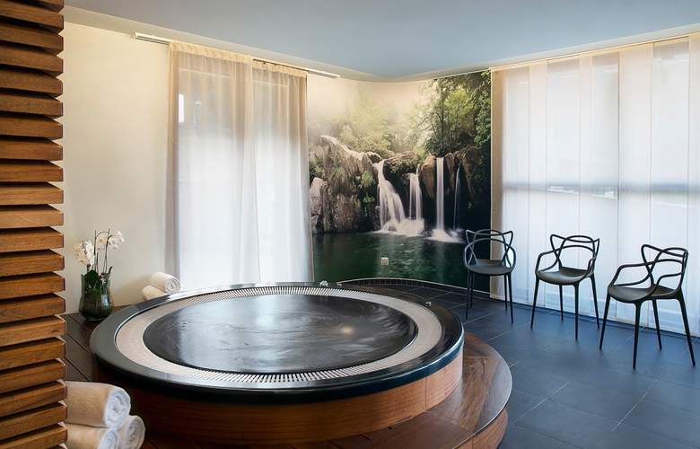Best Western Plus Excelsior Chamonix Hotel & Spa - Spa - 10