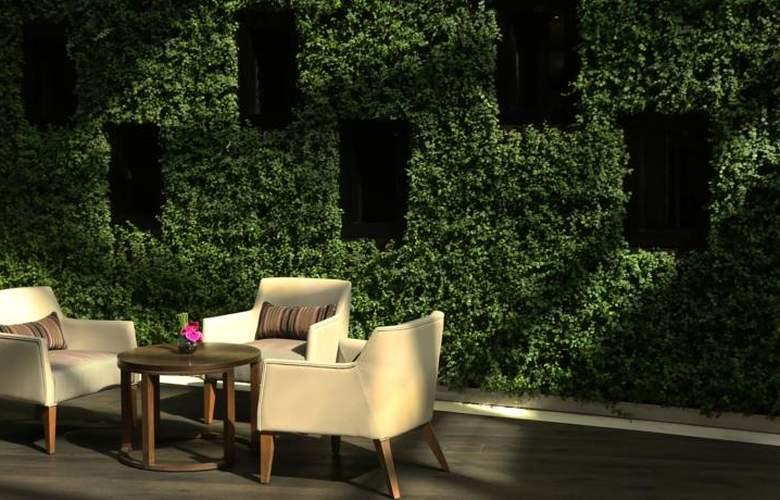 Hyatt Regency Dubai Creek Heights  - Terrace - 11