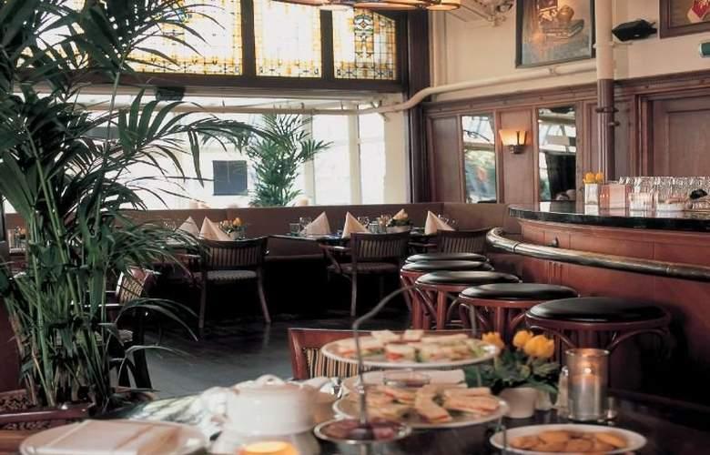 NH Schiller - Restaurant - 9