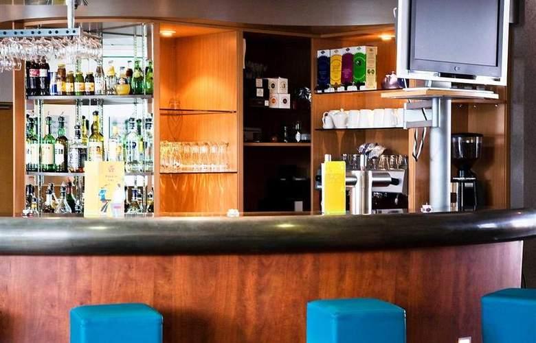 Suite Novotel Clermont Ferrand Polydome - Bar - 38