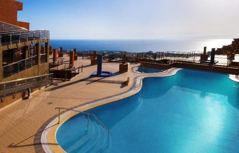 KN Panoramica Heights - Pool - 4