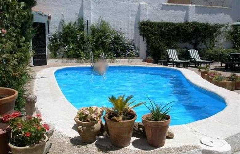 El Soto de Roma - Pool - 9