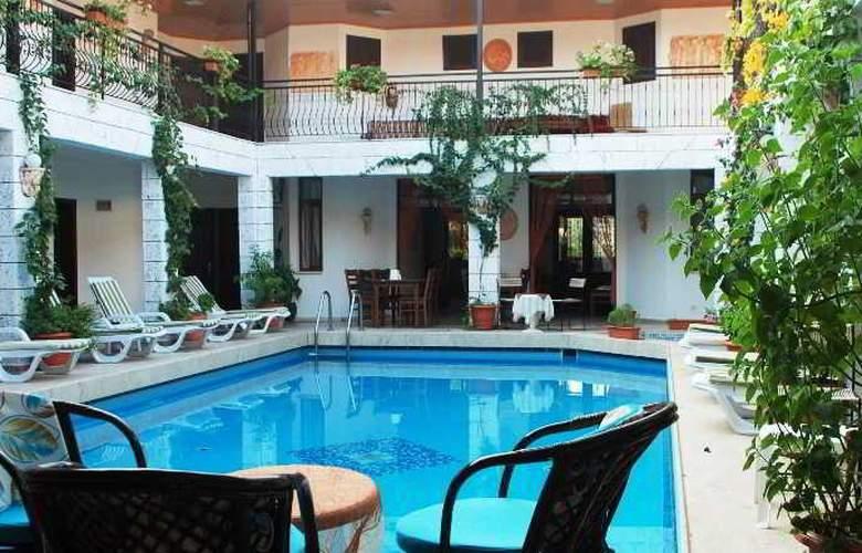 Han Dalyan Hotel - Pool - 19