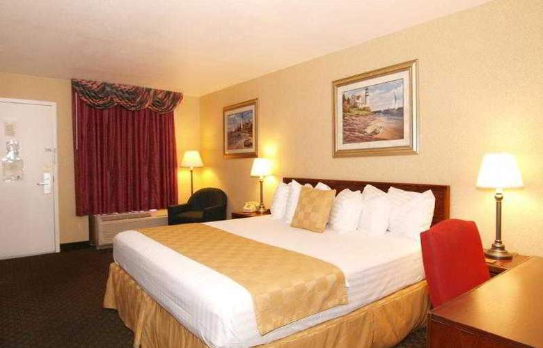 Best Western Salisbury Plaza - Room - 11