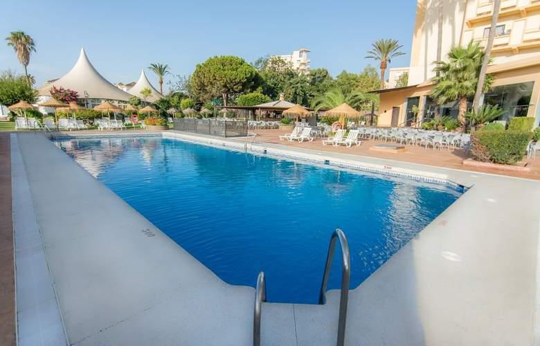Royal Costa - Pool - 2