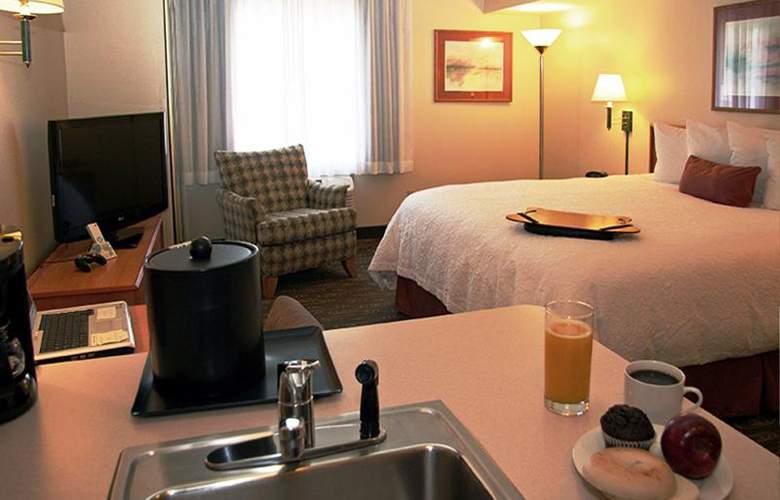 Best Western Plus Navigator Inn & Suites - Room - 13