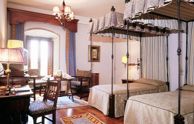 Parador de Santiago de Compostela - Hostal dos Reis Católicos - Room - 2