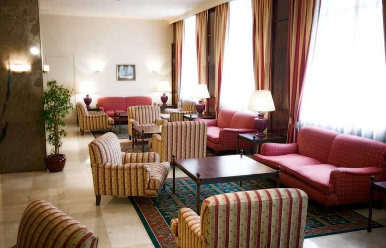 Unzaga Plaza - Hotel - 5