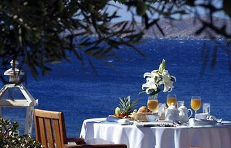 Apollonia Resort and Spa - Terrace - 2