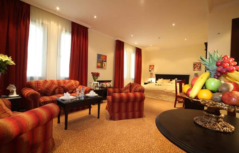 Madareen Crown Hotel - Room - 1