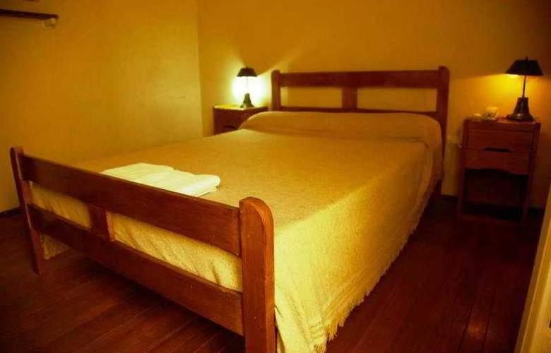 You San Rafael - Room - 1