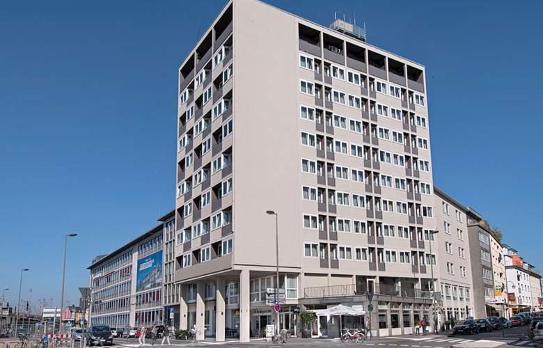 Wyndham Koeln - Hotel - 4