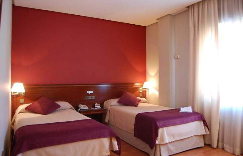 Sercotel Felipe IV - Room - 17