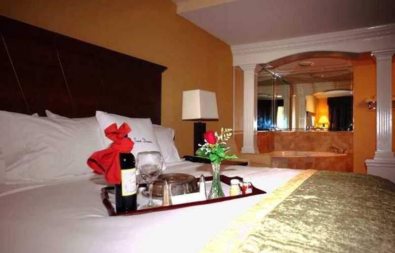 DoubleTree by Hilton Hotel Fayetteville - Hotel - 9