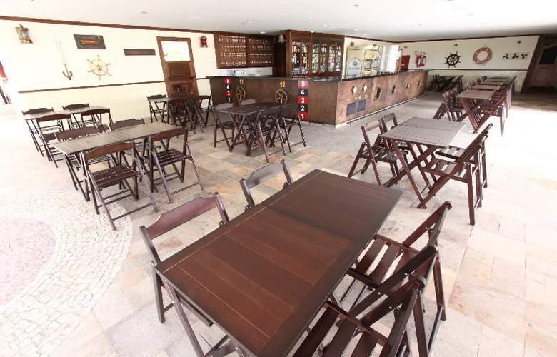 Golden Tulip Brasilia Alvorada Hotel - Bar - 11