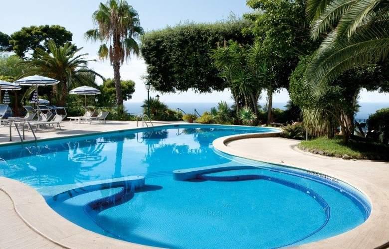 Grand Ambasciatori - Pool - 3