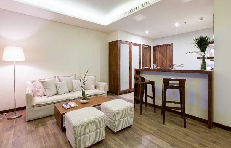A La Carte Danang Beach - Room - 20