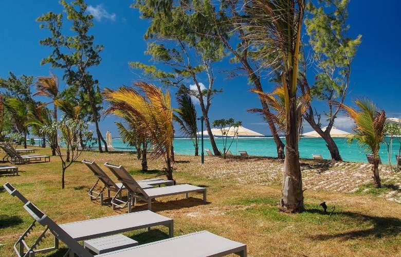 Maritim Crystals Beach Hotel - Beach - 13