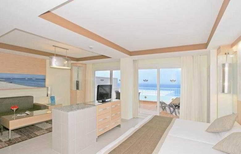 Hotel Riu la Mola - Room - 7
