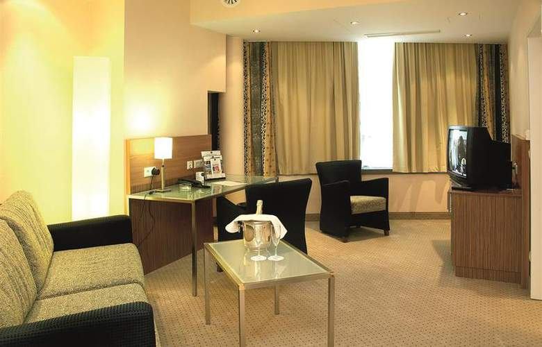 Best Western Hotel International - Room - 1