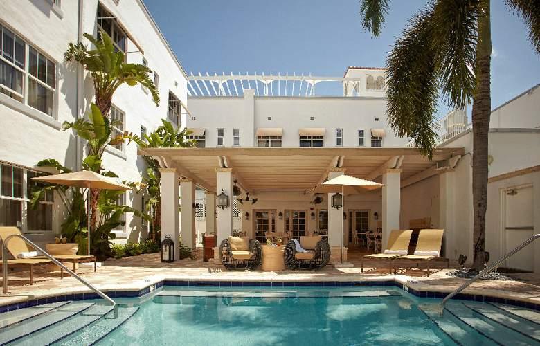 Blue Moon Hotel - Pool - 3