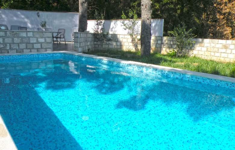Villa Avantgarde - Pool - 25