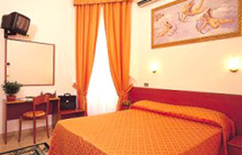 HOTEL SOGGIORNO COMFORT - Room - 0