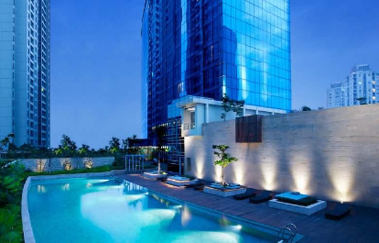 Pullman Jakarta Central Park - Pool - 3