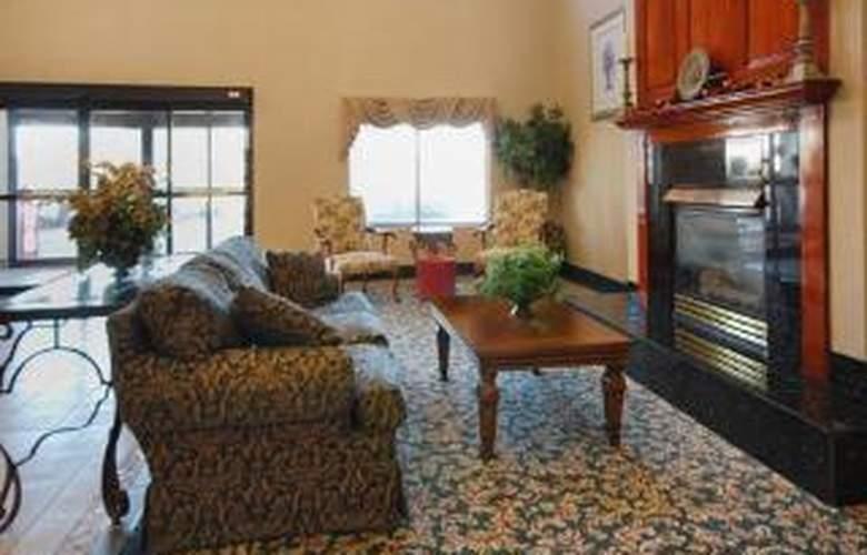 Comfort Suites Auburn - General - 3