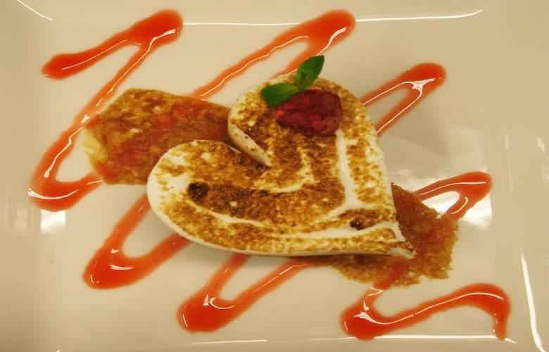 Gran Hotel Las Caldas Wellness Clinic - Restaurant - 17
