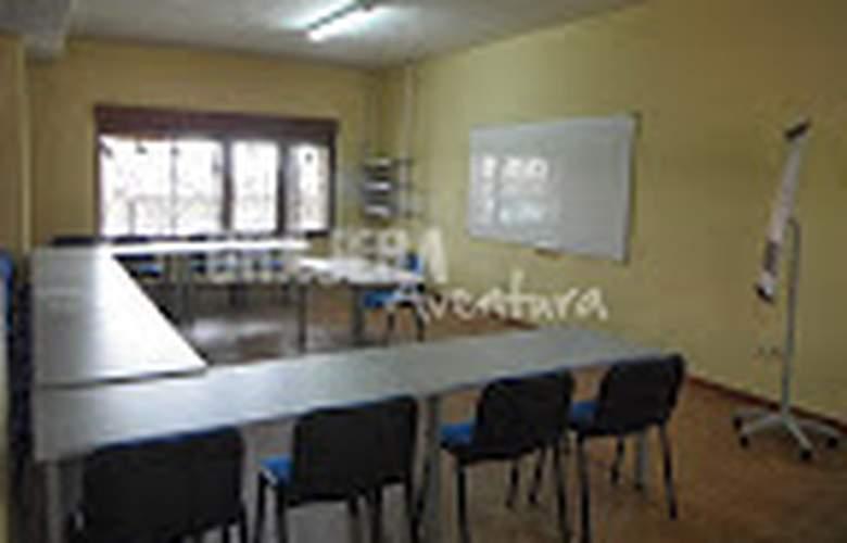 campamento grajera - Services - 5