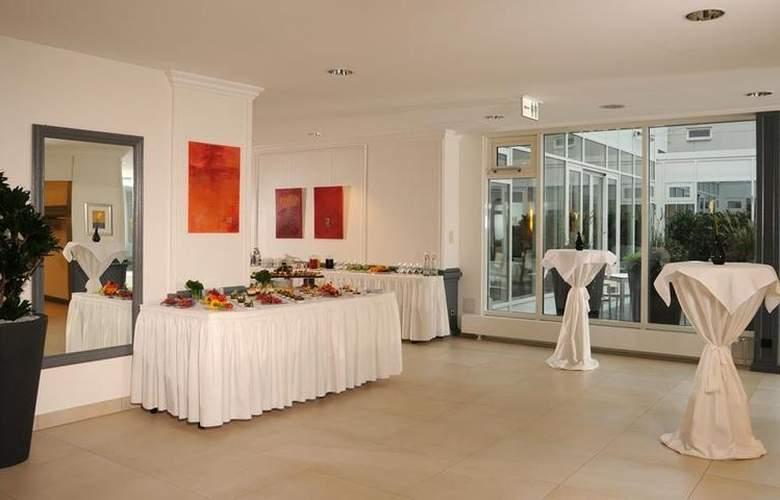 Best Western Premier Parkhotel Kronsberg - Conference - 43
