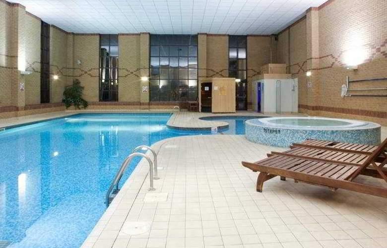Holiday Inn Rotherham-Sheffield M1, Jct.33 - Pool - 7