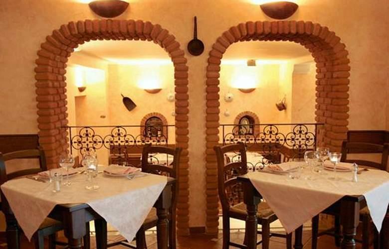 Boccaccio - Hotel - 2
