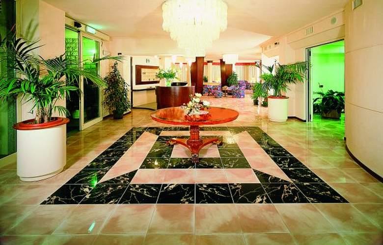 Fenice - Hotel - 0