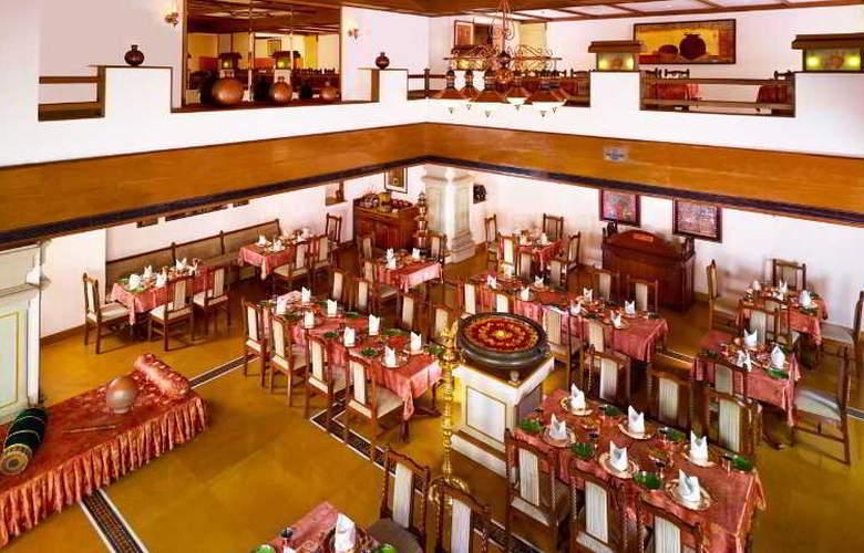 GRT Grand - Restaurant - 10