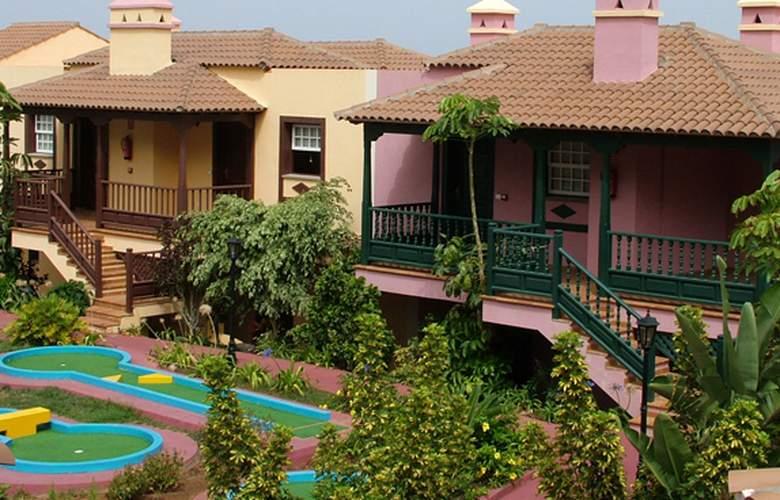 Apartamentos Oasis San Antonio - Hotel - 3