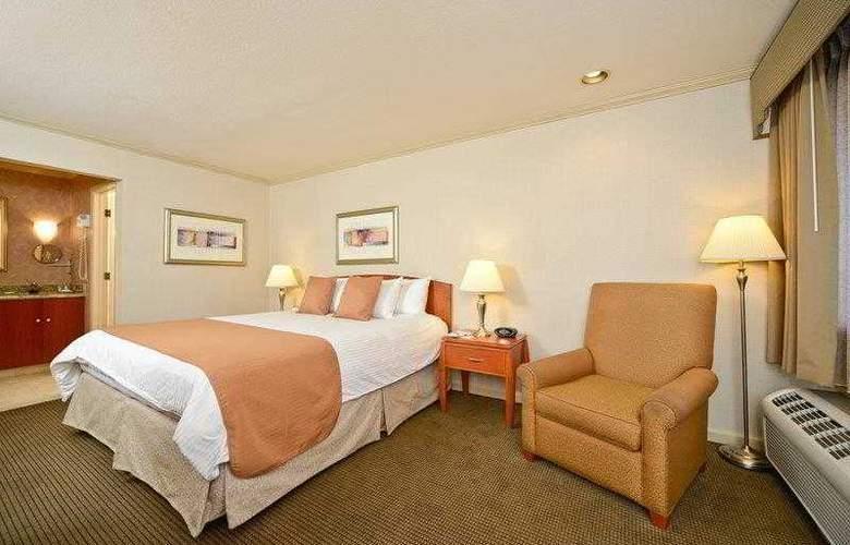Best Western Plus Mountain View Inn - Hotel - 8