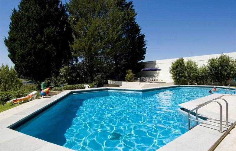 Eurosol Leiria & Eurosol Jardim - Pool - 1