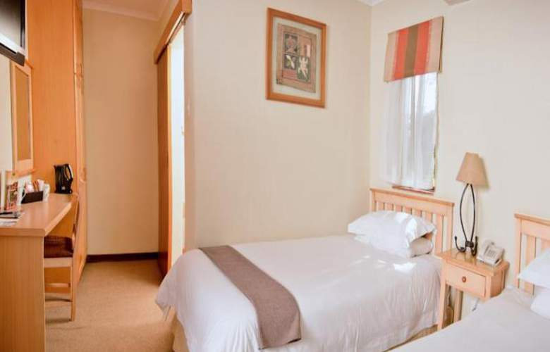 Greenway Woods Resort - Room - 17