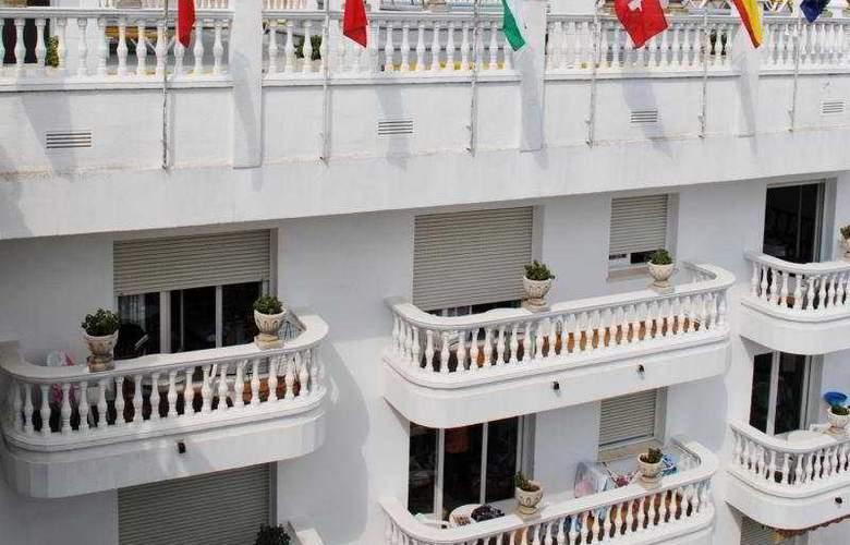 Las Américas - Hotel - 0