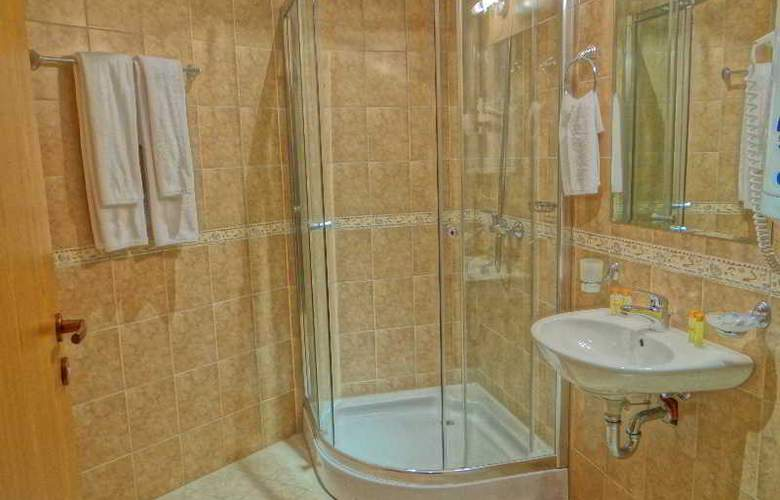 Grand Royale Hotel & Spa - Room - 16