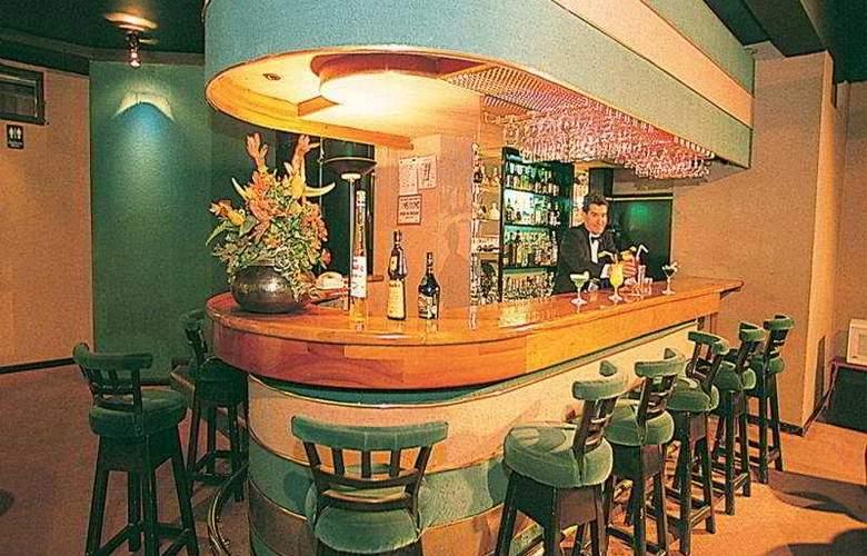Diplomat - Bar - 4