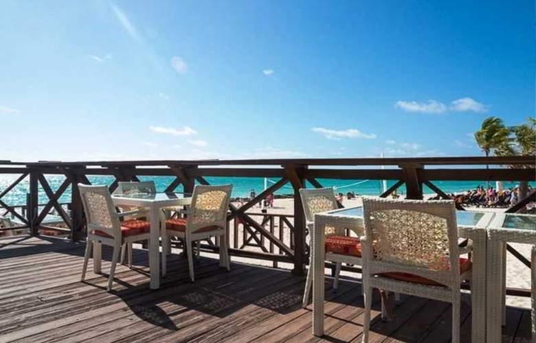 Memories Grand Bahama Beach & Casino Resort - Restaurant - 25