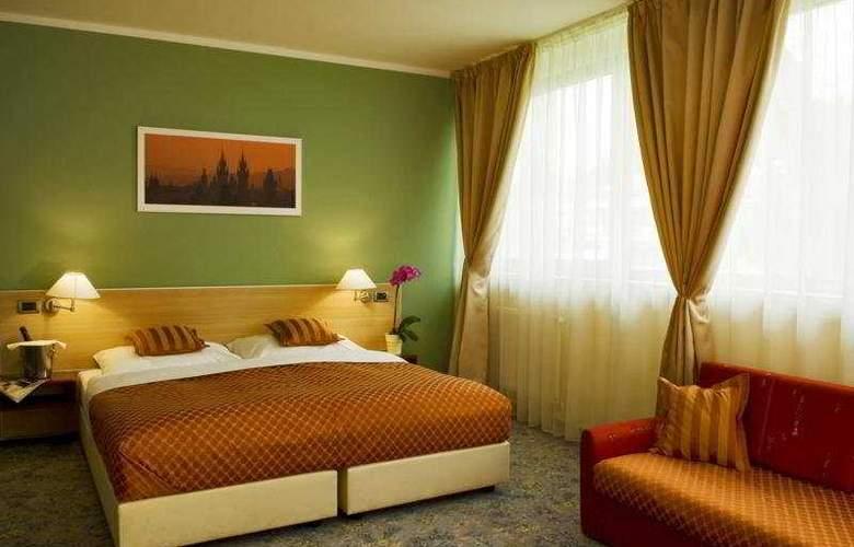 Hotel Michael - Room - 1