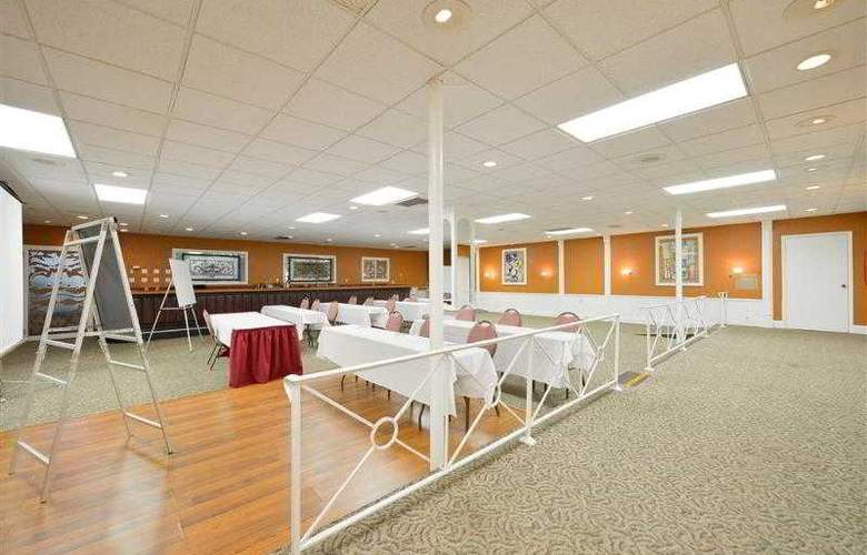 Best Western Green Bay Inn Conference Center - Hotel - 52