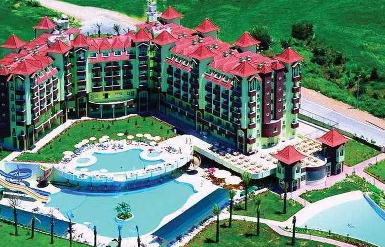 Serenis Hotel - Hotel - 0