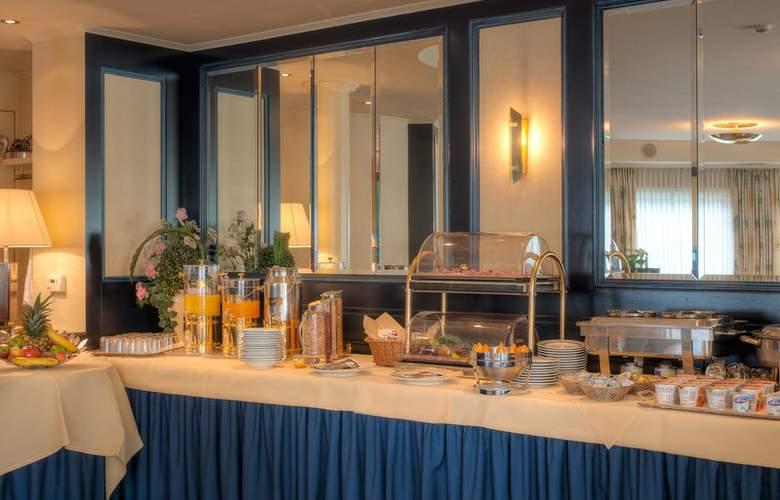 Best Western Ambassador Hotel Bosten - Restaurant - 54